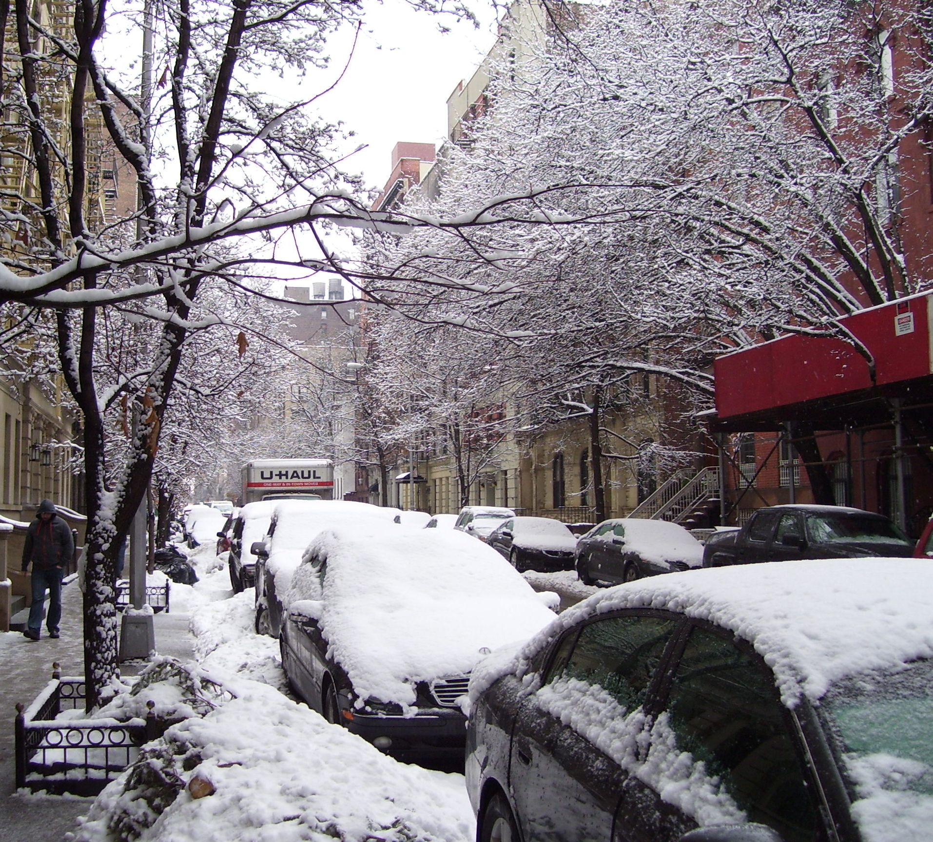 Winter on West 21st Street, New York Courtesy Beyond My Ken, Wikipedia Commons